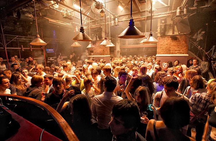 музыка клубов москвы бесплатно