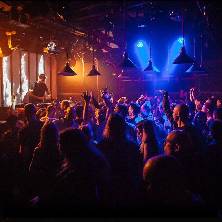 Клуб москвы музыка ночной клуб литейка